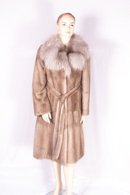 Пальто из норки (модель 723)