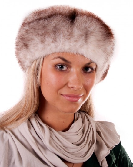 Шляпа-берет цельно-меховая из меха норки (модель 240)