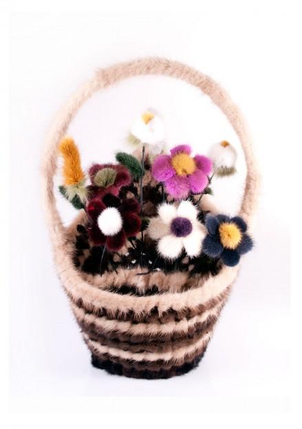 Корзина с цветами из меха норки большая