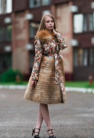 Изображение Пальто из ткани с отделкой лисой м.833